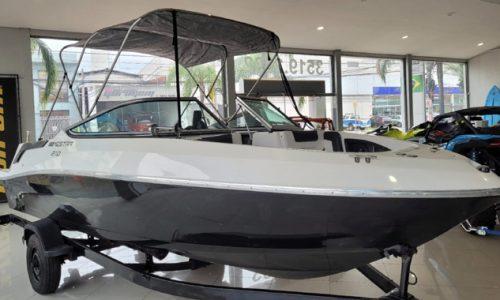 Lancha Mestra 210, 2015, motor Mercury 3.0, barco, náutica